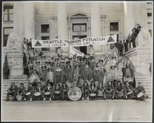 Tilikums of Elttaes Seattle Potlatch banner
