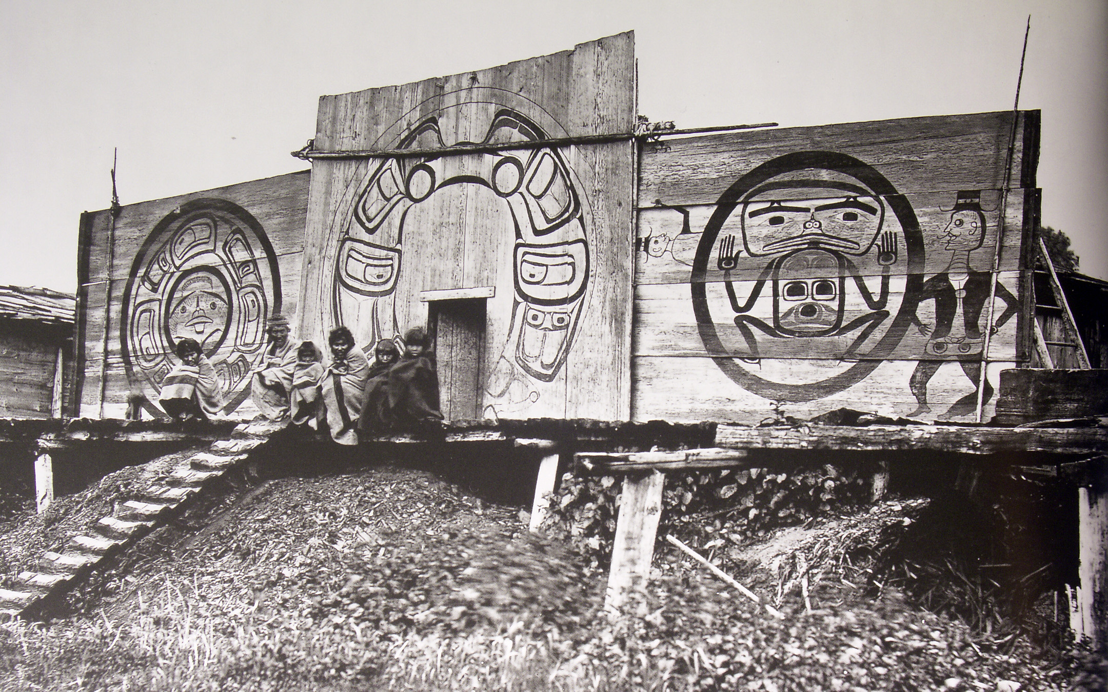 nuxalkvillage1881 Pacific Northwest Indian Plank House on northwest coast plank house, pacific northwest coast tlingit, cedar plank house, tlingit plank house,
