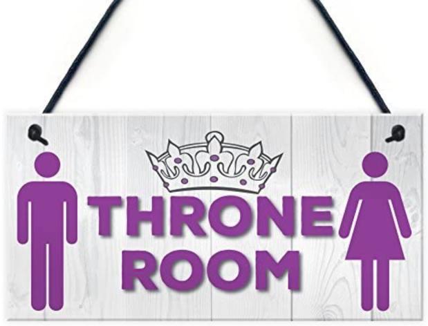 throne roommmmmm